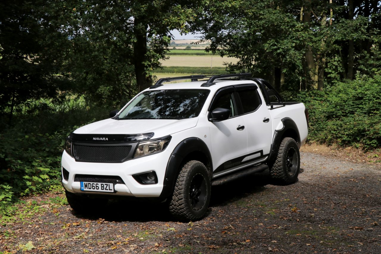 Nissan Navara 2.3 SEEKER TUNGSTEN EDITION Double Cab Pick Up EXCLUSIVE TO MOTORSEEKER Pick Up Diesel Black