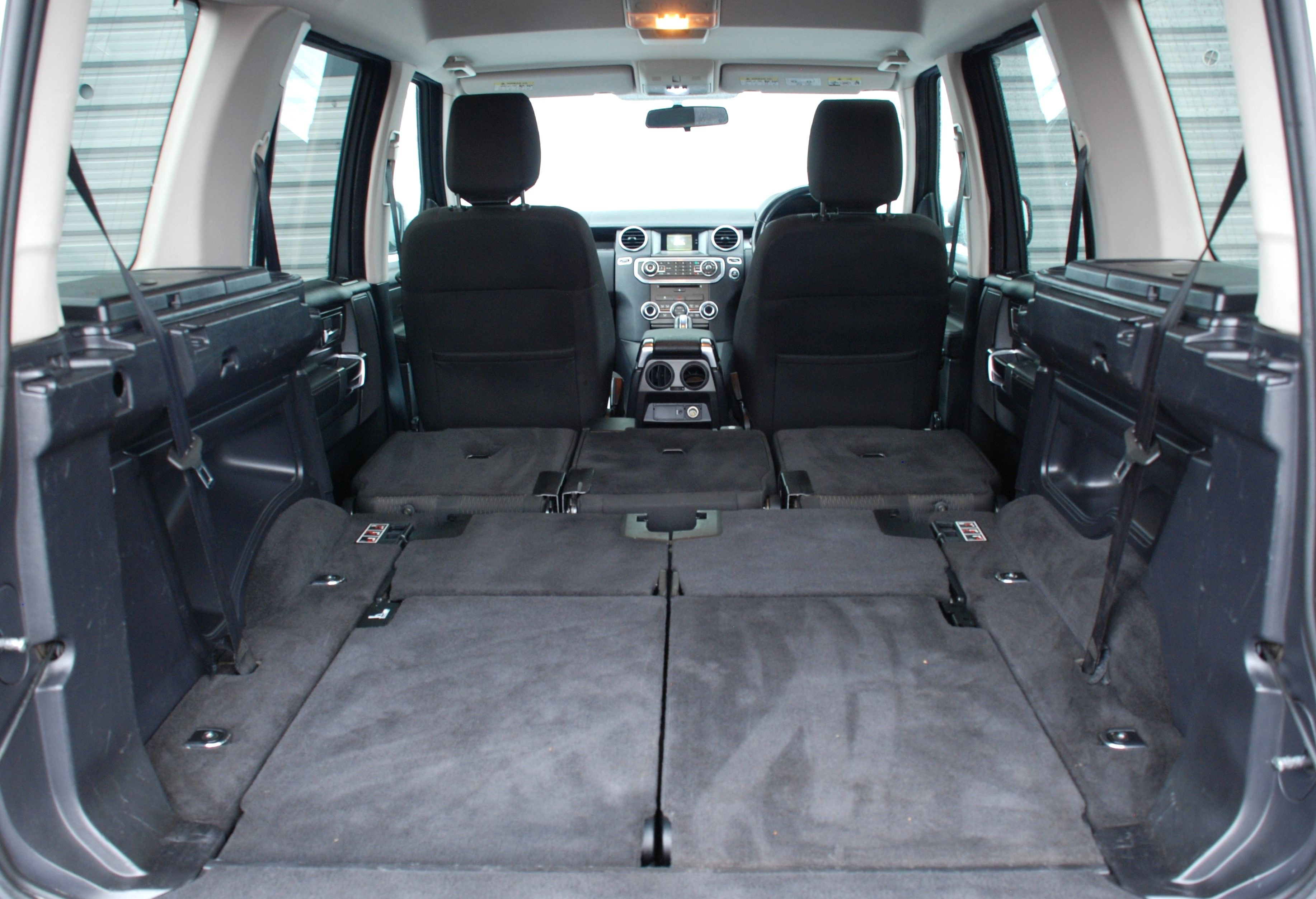 Land Rover Discovery Rear Seat Conversion - Seats Fold Fully Flat!