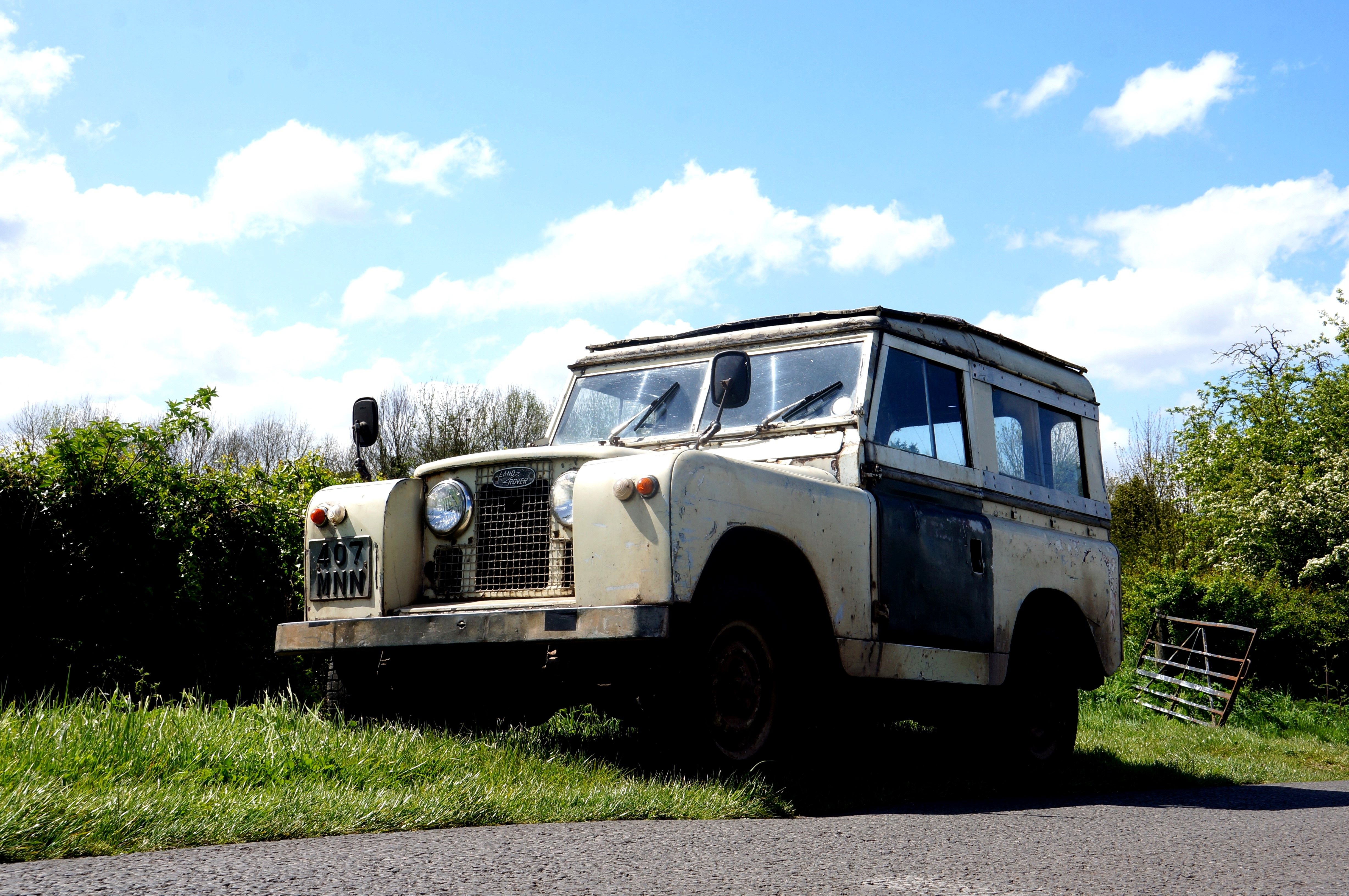 Nottinghamshire Land Rover Series II still in use!