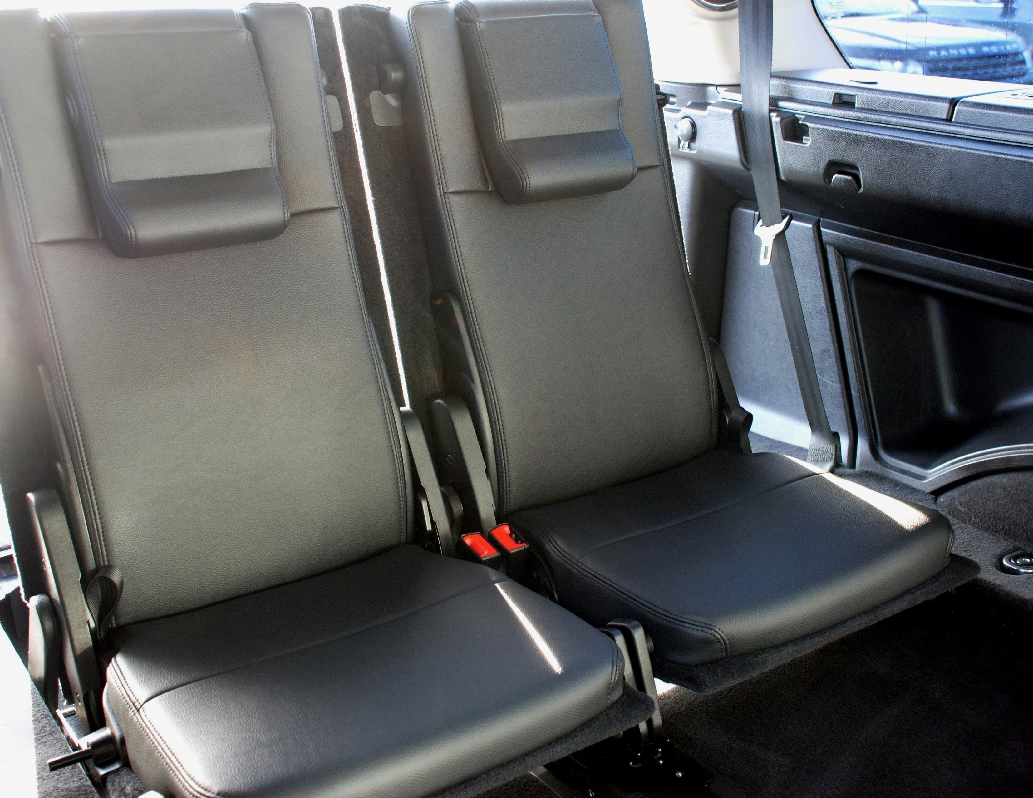Conversion for used Land Rover Discovery 4 Commercial 3rd Row Leather Seats (makes 7 Seater) - £995+VAT
